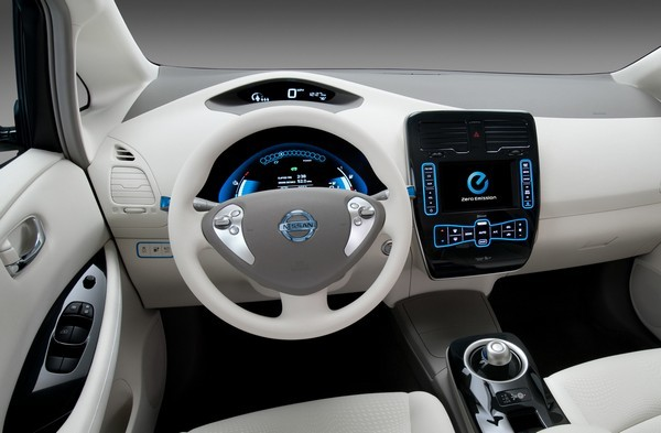 Microsoft's Windows Embedded Automotive hits version 7, powers the Nissan Leaf, takes MyFord global
