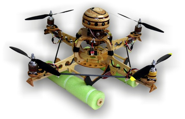 DIY quadrocopter is made of wood, gets disrespected by Minnesota State Fair