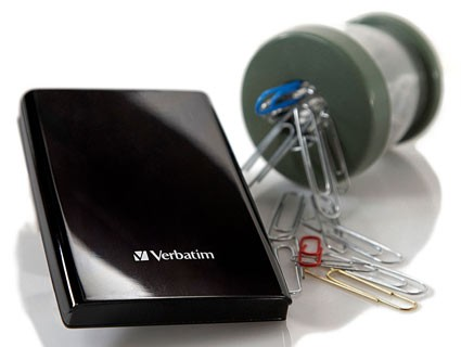 Verbatim's USB 3.0 Store 'n' Go external drives play nice with magnets, your data