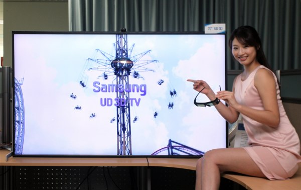 Samsung shows off 70-inch 'Ultra Definition' 3DTV