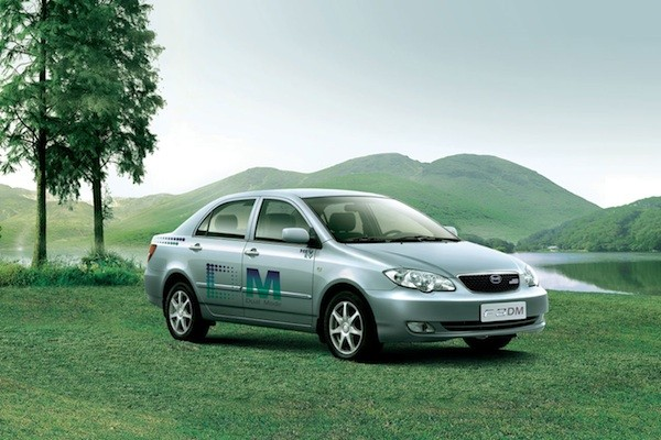 BYD Motors to debut e6 Premier, S6DM plug-in vehicles at the Detroit Auto Show