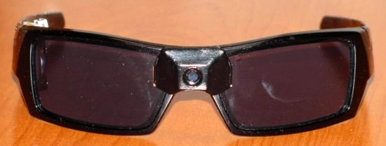 Dynamic Eye LCD sunglasses blot out the sun, not the rest of your life