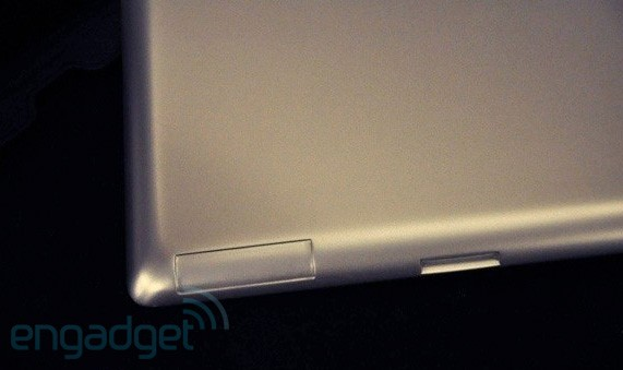 Engadget: IPad 2