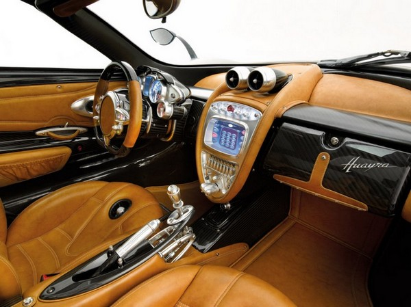 pagani huayra supercar has a steampunk interior that would impress even dio eraclea video. Black Bedroom Furniture Sets. Home Design Ideas