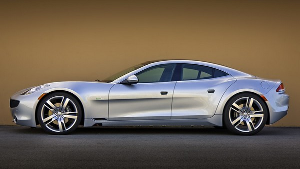 Autoblog drives the 2012 Fisker Karma, deems it 'best handling large premium car'