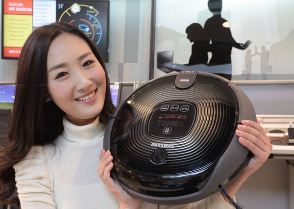 Samsung's Tango Stealth robo-vacuum is a quiet intruder
