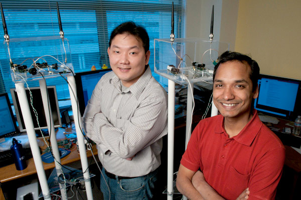 Stanford Gurus Enable Two-way Radio Communications