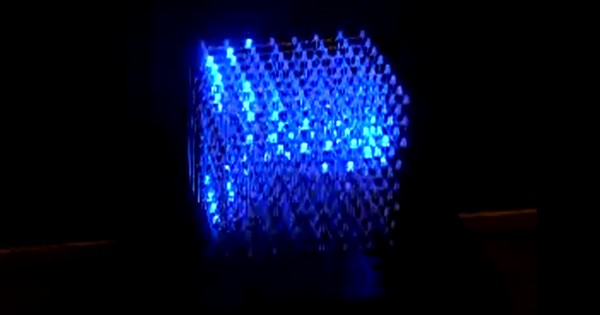Cube made of 512 LEDs does glasses-free 3D for real (video)