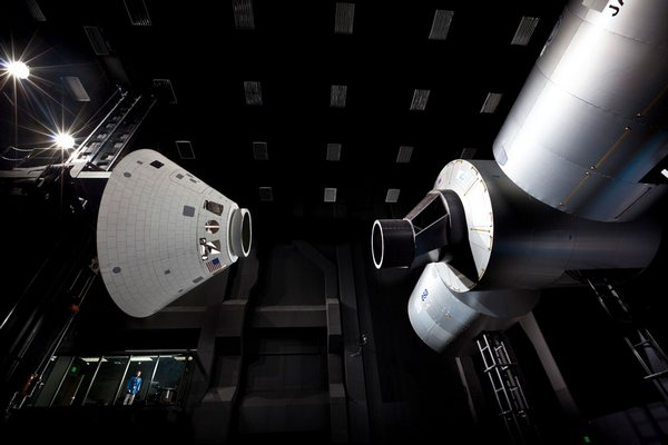 Lockheed Martin shows off Opollo spacecraft, new underground lair