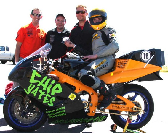 Chip Yates goes 190MPH on an electric motorcycle, takes you along (video)