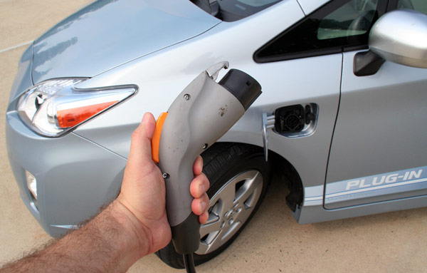 2012 Plug-in Prius to Include Selectable EV Mode