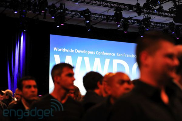 WWDC 2011 liveblog: iOS 5, OS X Lion, iCloud and more! (stevejobswwdc2011liveblogkeynote1121)