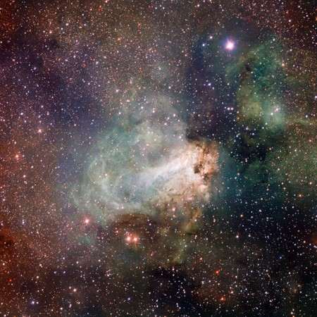 VLT Survey Telescope snaps out-of-this-world photos with 268-megapixel camera