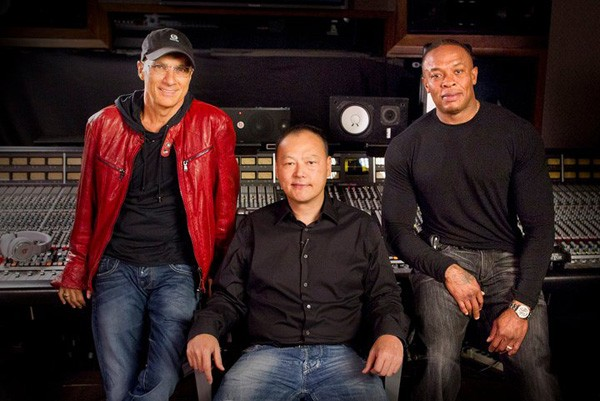 Beats Electronics' Jimmy Iovine: 'we have got to get to the phone'