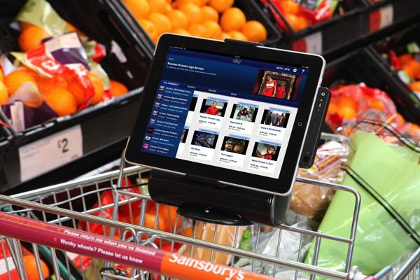 iPad dock shopping cart keeps footie fans and their other halves happy