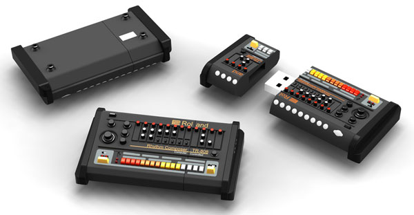 Roland TR-808 flash drive takes synth style, leaves music to the pros
