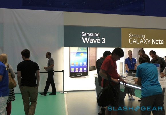 Galaxy Tab 7.7 Disappears from IFA