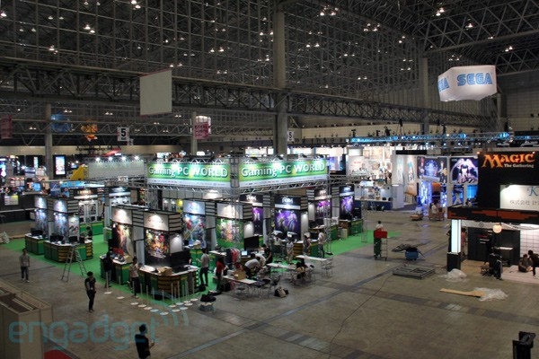 We re live from the tokyo game show 2011