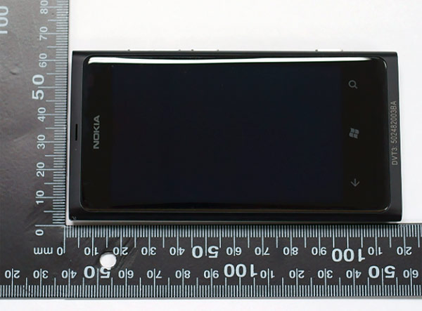 Nokia Lumia 800 Comes To The FCC