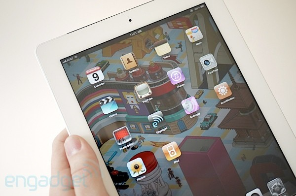 ipad iPad maintains tablet dominance, HPs TouchPad fire sale burned brightly