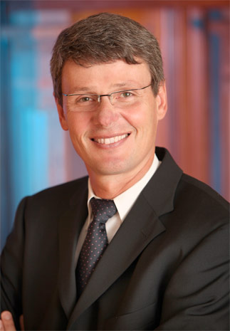 Thorsten Heins of RIM in formal photo