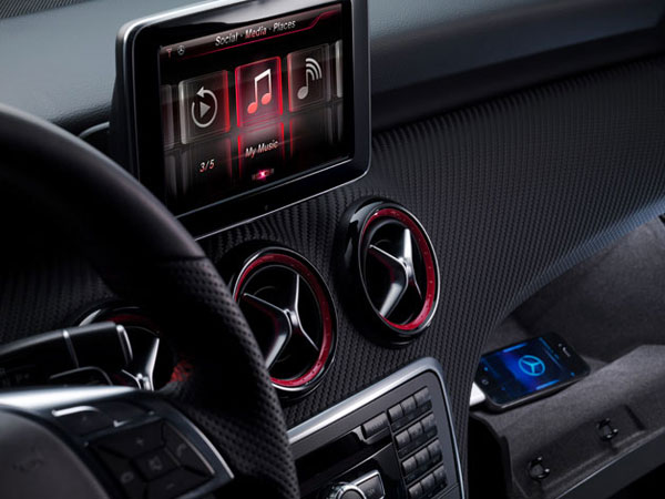 Mercedes-Benz Updates A-Class Infotainment System