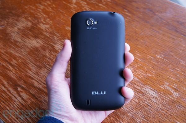 BLU Studio 5.3 and Touch Book 7.0 hands-on