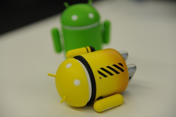 Google Bouncer Service Scans the Android Market for Malware