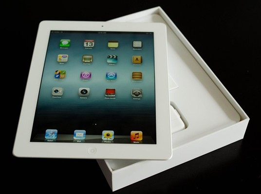 New iPad unboxing photos