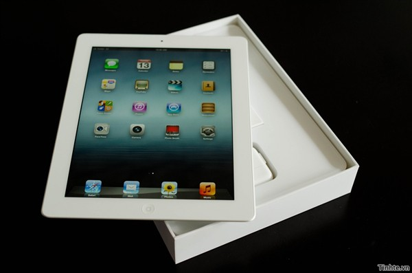 New iPad unboxing
