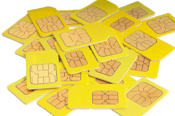 Vietnam considers limiting consumer access to SIM cards, suggests 18 per person is enough