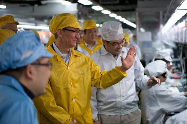 Tim Cook at Foxconn plant