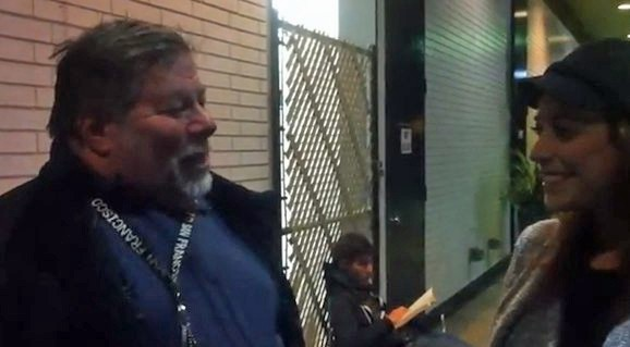 Steve Wozniak waiting in line for his new iPad