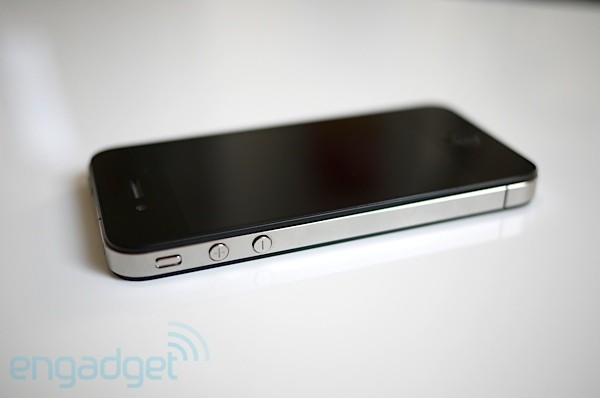 AT&T to begin unlocking off-contract iPhones this Sunday, April 8th