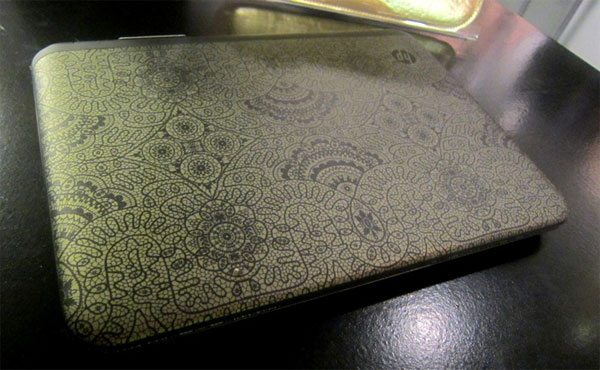 Alexandre Herchovitch dresses up HP Pavilion dm1 with golden doilies, higher sticker price