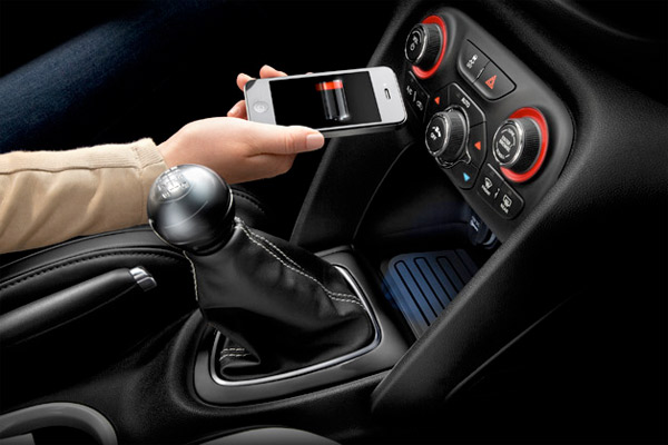 Chrysler brings wireless charging mat to 2013 Dodge Dart (video)