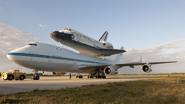 Visualized: Space Shuttle Discovery gets prepped for its final flight, gets Boeing piggyback