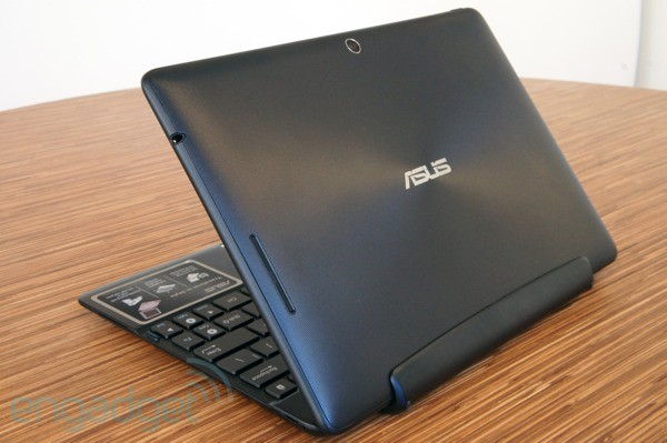 ASUS Transformer Pad 300 Now Available + Review Roundup news 