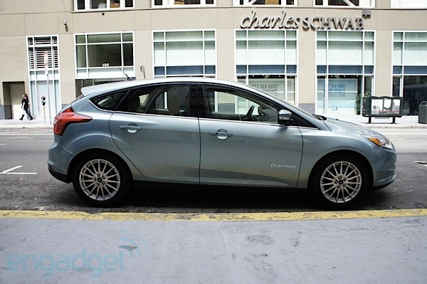 Ford Focus Electric test drive and MyFord Mobile hands-on (video)