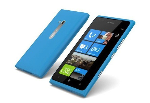 Nokia makes Lumia 900 free to all AT&T customers, now through April 24th