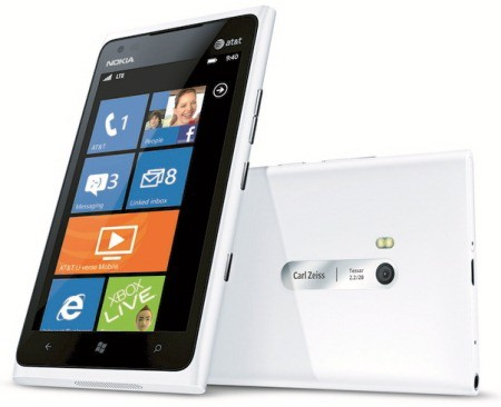 Nokia's White Lumia 900 reportedly available now at AT&amp;T stores