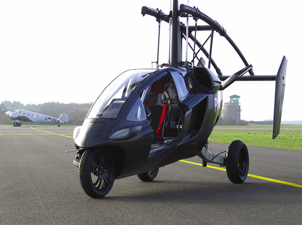 Flying car makes maiden voyage, gives new meaning to 'Flying Dutchman' (video)