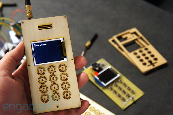 diy cellphone has the footprint of an ice cream sandwich