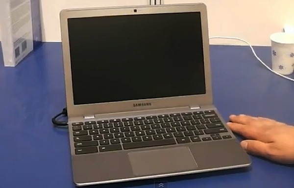 Google demos Coreboot on Chromebook prototype, hints at Ivy Bridge support (video)