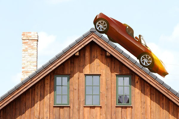 Tesla pairs up with SolarCity, will power off-grid homes as well as cars
