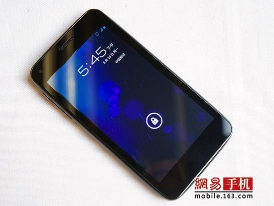 Alcatel outs 4.5-inch, 720p OT986 smartphone with ICS in China