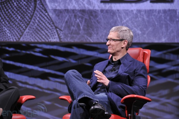 Cook: 'I want there to be' Apple products made in America
