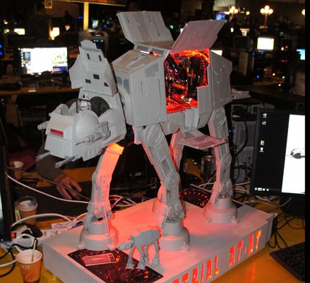 at-at-pc-case-mod-mini-ITX-intel-i7