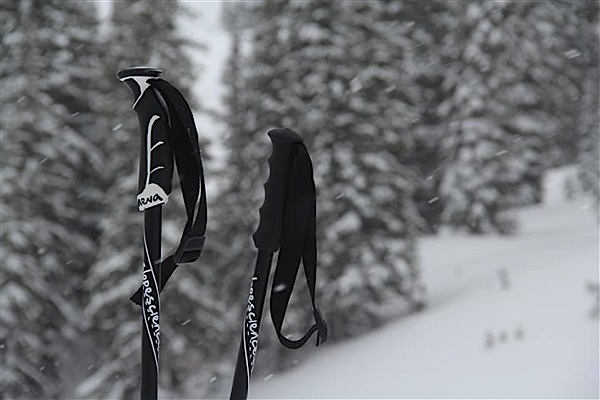 Insert Coin: Neva smart ski poles keep you connected while shredding powder