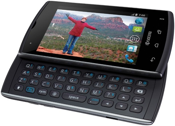 Hands-on with Kyocera Rise, an Android 4.0 smartphone with a QWERTY keyboard (video)